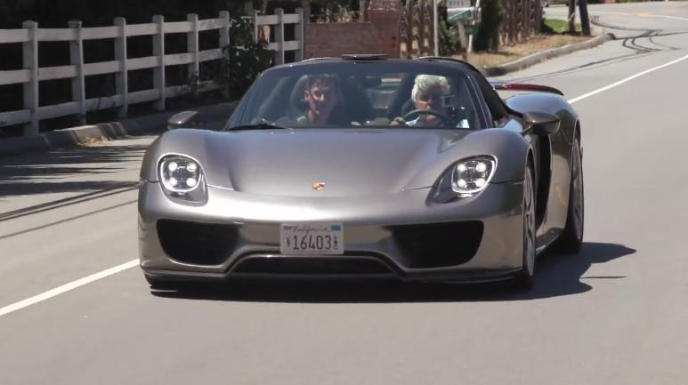 porsche 918 spyder jay leno jay leno 39 s exclusive porsche 918 spyder drive gtspirit jay leno. Black Bedroom Furniture Sets. Home Design Ideas