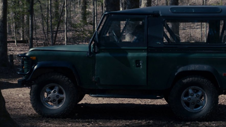 1994 land rover defender 90 nas in killing for Garage land rover nancy
