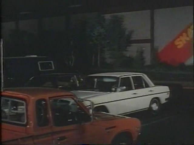 IMCDb org: 1974 Mercedes-Benz [W115] in