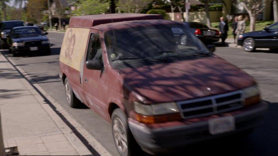 1992 Dodge Caravan C V