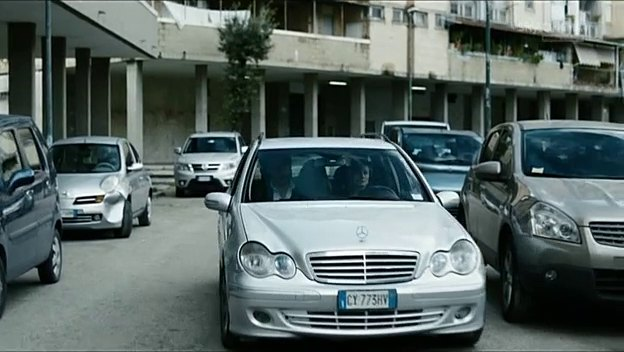2006 mercedes benz c 220 cdi s203 in gomorra la serie 2014 2016. Black Bedroom Furniture Sets. Home Design Ideas