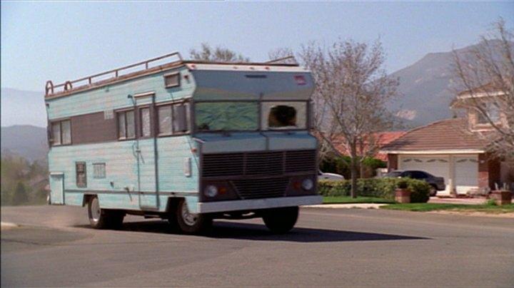 "Hot Rod Winnebago >> IMCDb.org: 1969 Winnebago D22 in ""Buffy the Vampire Slayer, 1997-2003"""
