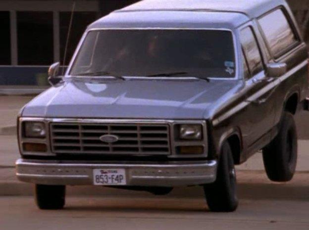 """IMCDb.org: 1985 Ford Bronco in """"Walker, Texas Ranger, 1993-2001"""""""
