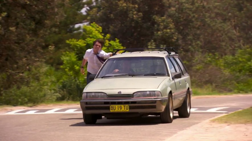 1986 holden commodore vl in home and away 1988 2017. Black Bedroom Furniture Sets. Home Design Ideas