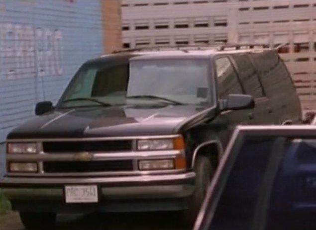 """8 Passenger Suv >> IMCDb.org: 1997 Chevrolet Suburban [GMT410] in """"Walker ..."""