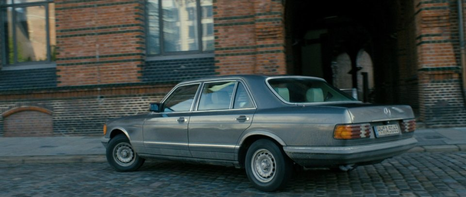 1980 mercedes benz sel w126 in a most wanted for Mercedes benz palmetto