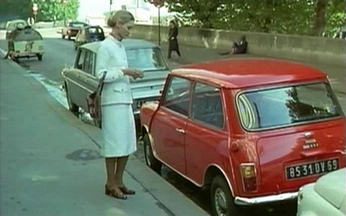 IMCDb.org: 1970 Austin Mini 850 Super de Luxe MkIII [ADO20] in \