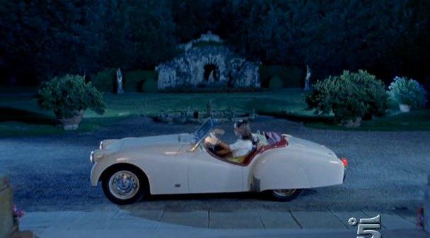 """Devil 16 Car >> IMCDb.org: 1956 Triumph TR3 in """"Incompreso, 2002"""""""