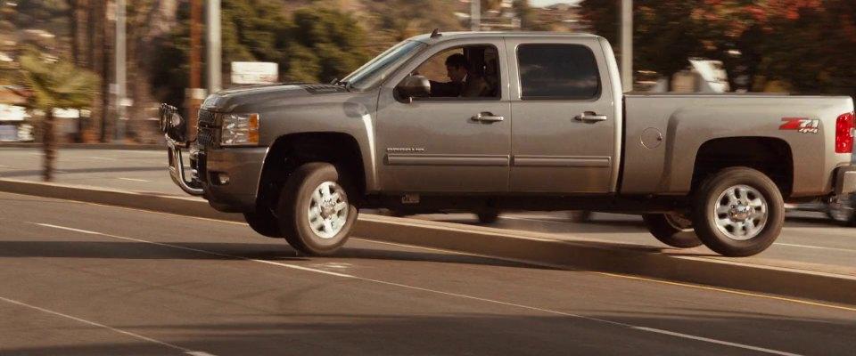 """Chevy Silverado Guy >> IMCDb.org: 2012 Chevrolet Silverado 2500 HD Z71 [GMT911] in """"The Boy Next Door, 2015"""""""