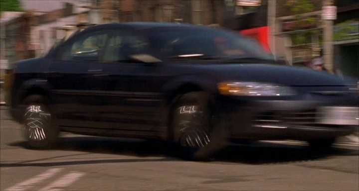 "IMCDb.org: 2001 Chrysler Sebring [JR] in ""Undercover ..."