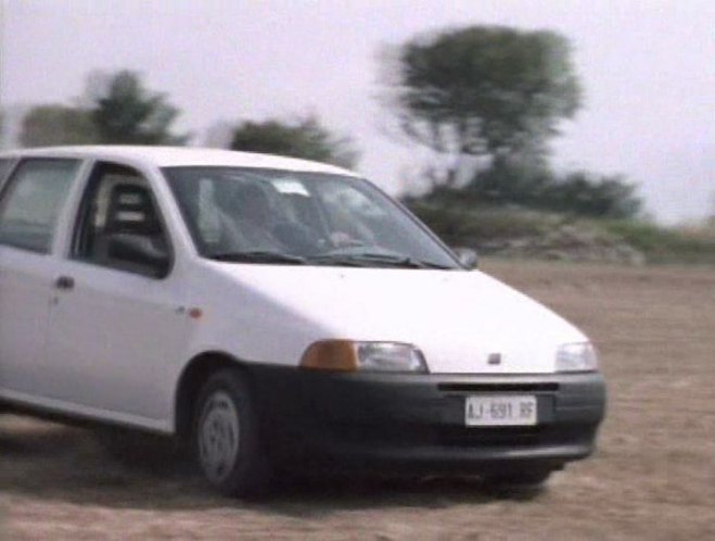 1996 fiat punto 55 s 1a serie 176 in doublecross on costa 39 s island 1997. Black Bedroom Furniture Sets. Home Design Ideas