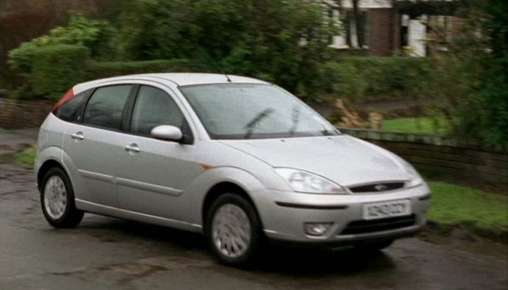 "IMCDb 2002 Ford Focus Ghia MkI in ""Blue Murder 2003"
