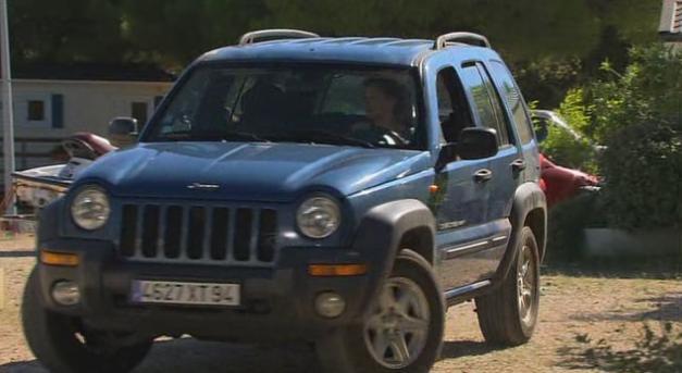 IMCDb.org: Jeep Grand Cherokee [WJ] in Line of Duty, 2019