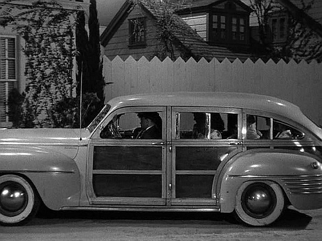 1942 Chrysler Town & Country Nine-Passenger