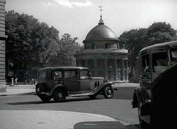 1933 renault taxi g7 type kz11 in et moi j 39 te dis qu 39 elle t 39 a fait d 39 l 39 il 1950. Black Bedroom Furniture Sets. Home Design Ideas