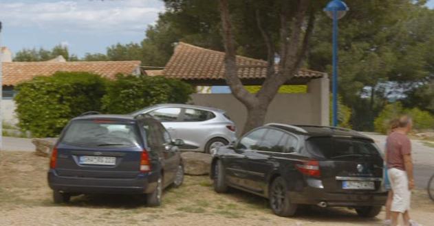 Imcdb 2011 Renault Laguna Estate Gt Line 3 X91 In Camping