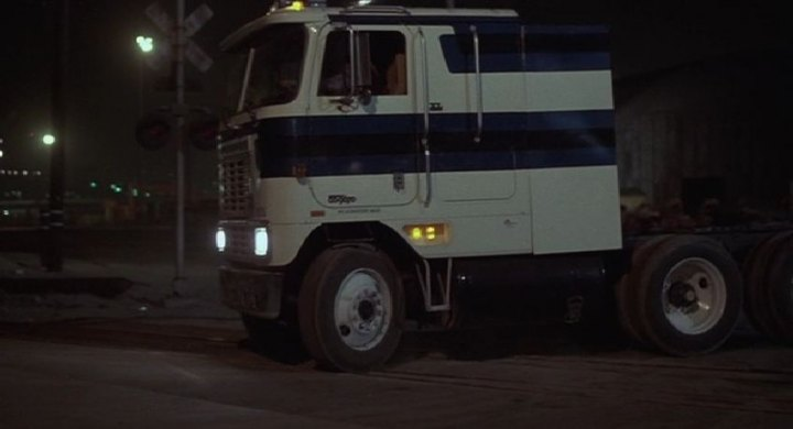 IMCDb org: 1981 International Harvester CO-9670 XL-Series in