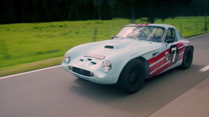 1965 tvr griffith 400 in james may 39 s cars of the people 2014 2016. Black Bedroom Furniture Sets. Home Design Ideas
