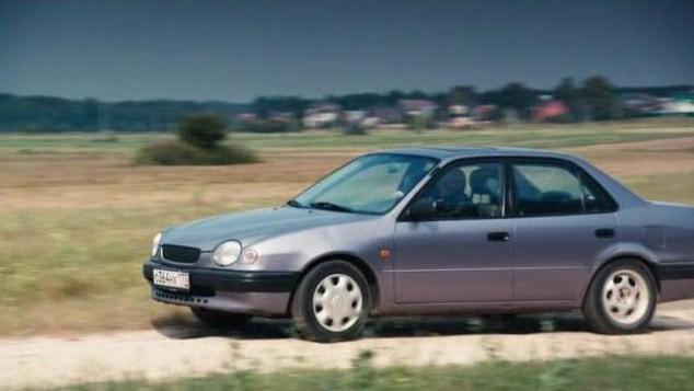 f8847119 IMCDb.org: 1998 Toyota Corolla 1.3 16V Linea Terra [E110] in