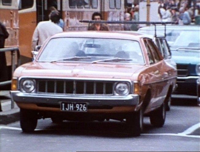 IMCDb.org: 1976 Chrysler Valiant [VK] in Blue Heelers