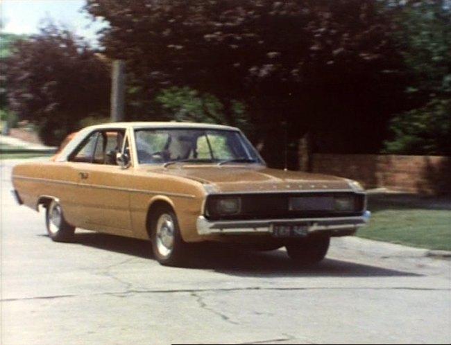 IMCDb.org: 1975 Chrysler Valiant Regal [VK] in Wrong Kind