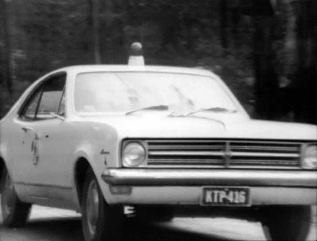 "IMCDb.org: 1968 Holden Monaro [HK] in ""Matlock Police, 1971-1975"""