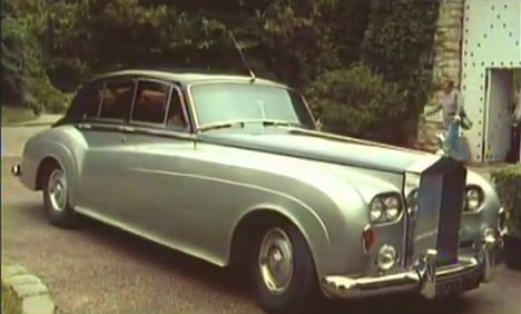 1956 Rolls-Royce Silver Cloud I with 4-headlight conversion