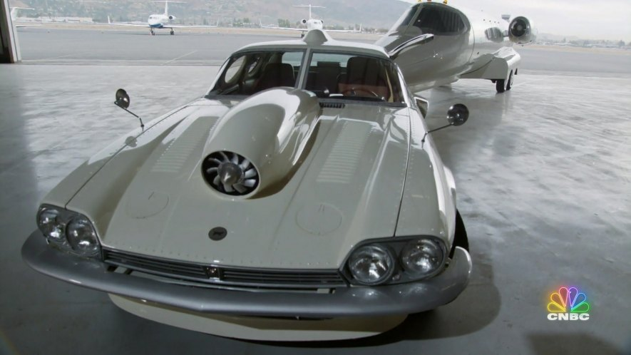 1989 Jaguar XJS with Learjet