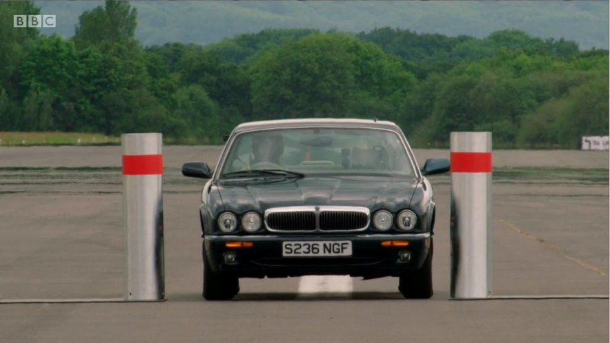 """IMCDb.org: 1998 Jaguar XJ8 X308 in """"Top Gear, 2016-2020"""""""
