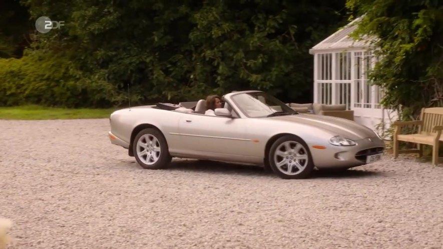 """IMCDb.org: 1999 Jaguar XK8 X100 in """"Rosamunde Pilcher ..."""