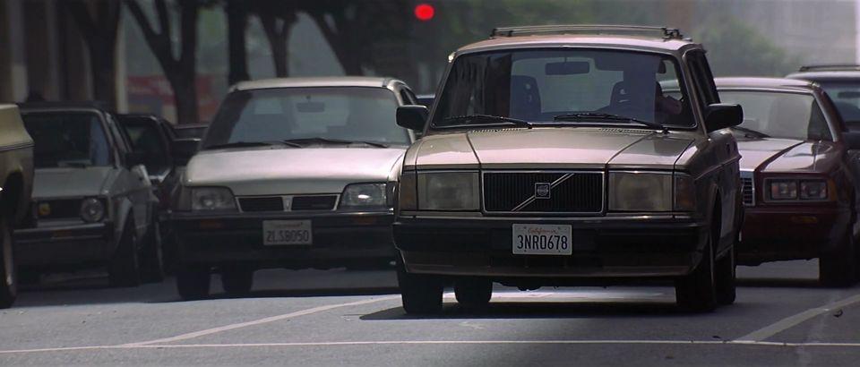 """IMCDb.org: 1986 Volvo 240 [245] in """"Con Air, 1997"""""""