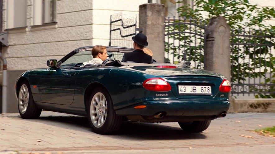"""IMCDb.org: 1998 Jaguar XKR X100 in """"Pan Tau, 2020"""""""