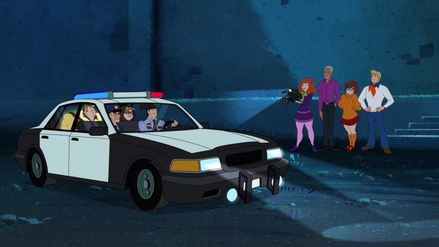 """imcdb: ford crown victoria in """"scooby-doo and guess"""