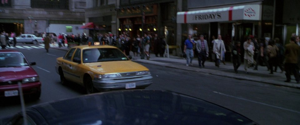 """Used Ford Taurus >> IMCDb.org: 1993 Ford Crown Victoria in """"The Bone Collector, 1999"""""""