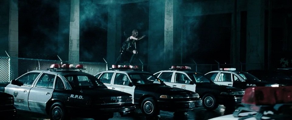 """IMCDb.org: 1993 Ford Crown Victoria in """"Resident Evil ..."""