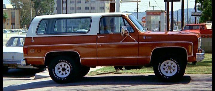"IMCDb.org: 1975 Chevrolet Blazer [K-5] in ""Cannonball, 1976"""