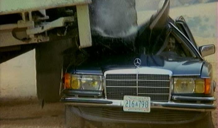 "T Rex Car For Sale >> IMCDb.org: 1973 Mercedes-Benz 280 SE [W116] in ""Les ..."