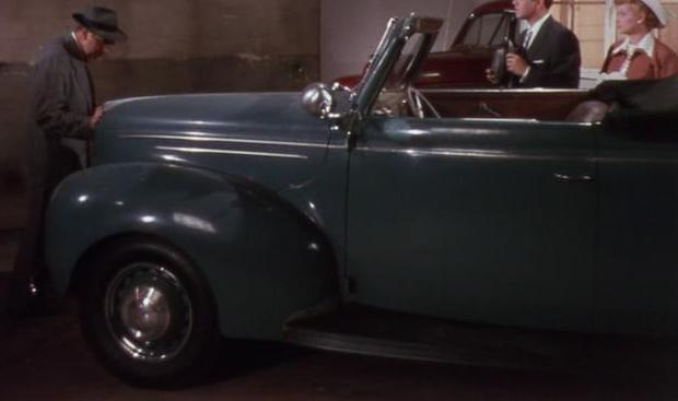 1939 Ford V8 De Luxe Convertible Club Coupe [91A]