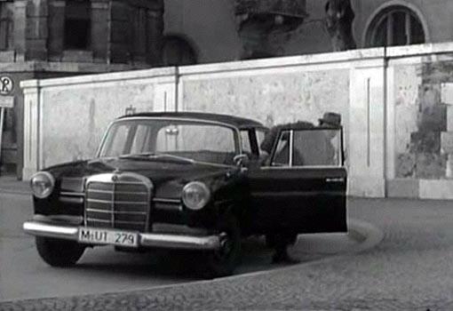 Imcdb Org 1962 Mercedes Benz 190 W110 In Quot Die Seltsamen