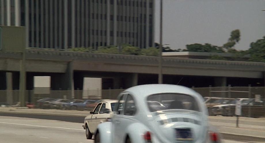 IMCDb.org: 1961 Volkswagen Sun-Roof Sedan Beetle [Typ 1