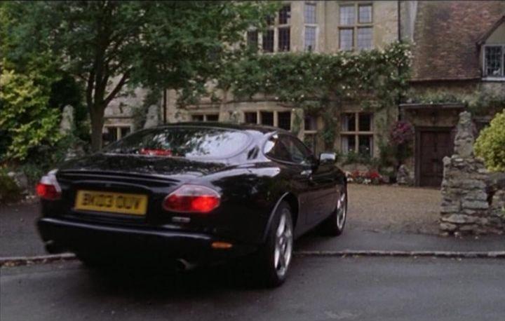 "IMCDb.org: 2003 Jaguar XKR X100 in ""Midsomer Murders ..."