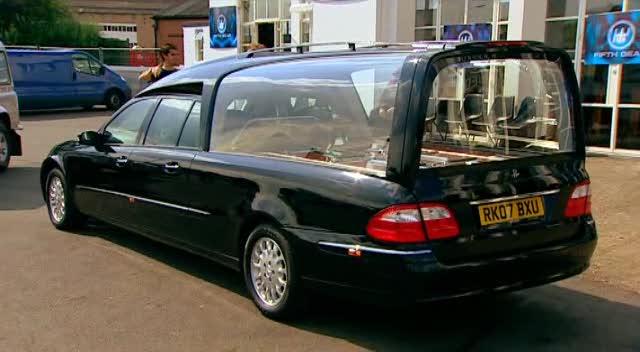 2007 mercedes benz e 280 cdi bestattungswagen. Black Bedroom Furniture Sets. Home Design Ideas