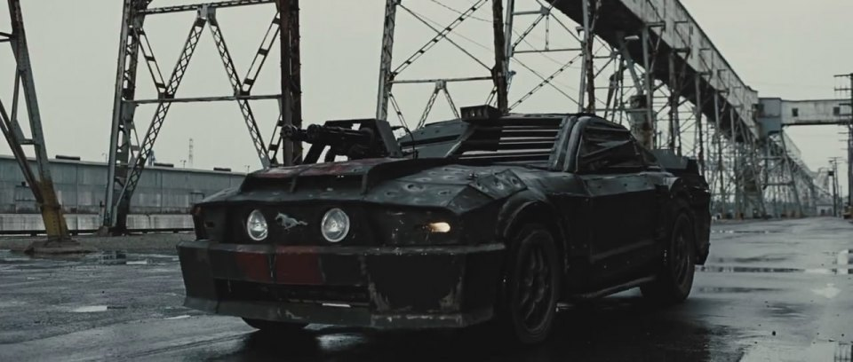 """IMCDb.org: 2006 Ford Mustang GT [S197] in """"Death Race, 2008"""""""