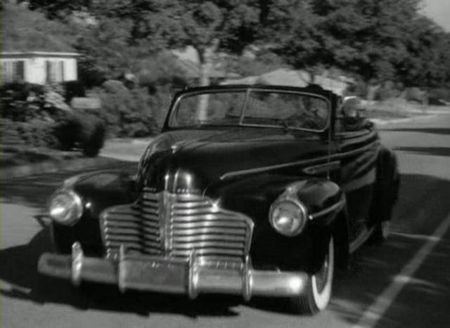 "IMCDb.org: 1941 Buick Roadmaster [76-C] in ""Deadly Is the Female ..."