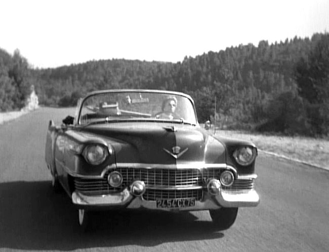 "IMCDb.org: 1954 Cadillac Series 62 Convertible [6267] in ""La lumière d'en face, 1955"""