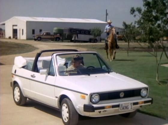 V317914 additionally 1989 Volkswagen Cabriolet Engine Wiring Diagram furthermore Viewtopic besides Gummilager Zugstrebe Vorne Fuer VW Bus T3 Vorderachse  3911 further 1446116. on 92 vw cabriolet wolfsburg edition