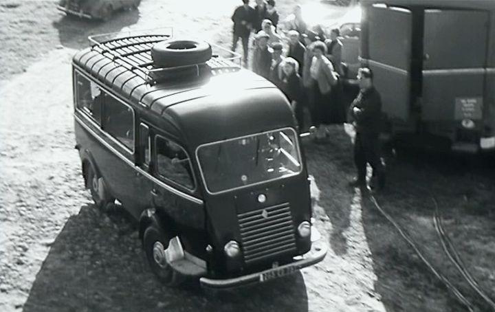 1953 renault 1000 kg car r2065 in pied cheval et en spoutnik 1958. Black Bedroom Furniture Sets. Home Design Ideas