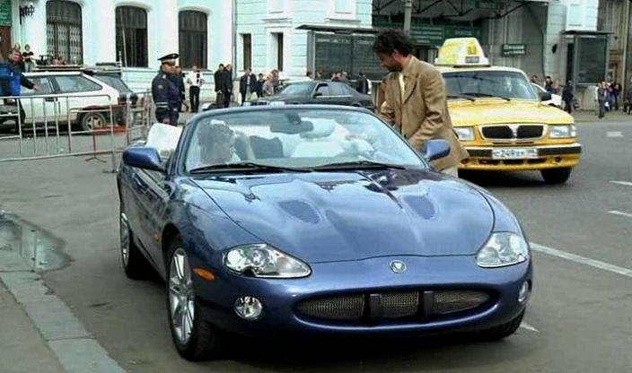 "IMCDb.org: 2003 Jaguar XKR X100 in ""Chetyre taksista i ..."
