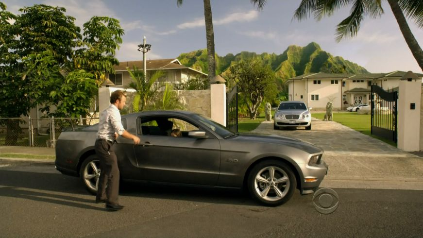 Imcdb Org 2017 Ford Mustang Gt 5 0 S197 In Hawaii Five 2010 2018