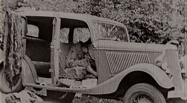 Click to Enlarge - Bonnie and Clyde Car (MIS003)